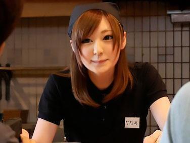 5d8b8f4667c53 - 『おちんちん、おっきい♥♥』東海地方某県で見つけた可愛い過ぎる激カワなギャル店員をAVデビューさせちゃう!!
