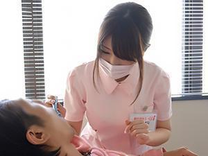 〖初撮り〗都内の某デンタルクリニック勤務の現役歯科衛生士さんを、お昼休みにAVデビューさせちゃいました!!