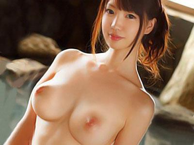『おっぱいでけえぇぇww』スレンダーな激カワ色白美巨乳な美少女と露天風呂で3PSEX!!