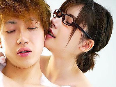 『乳首気持ちいいですか?♥♥』地味で冴えないはずの風俗嬢に、目隠しされて痴女責めされる!!