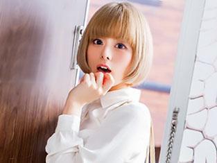 「えっ、聞いてないです!!」何も聞かされずにスタジオ入りした、金髪美少女が即ハメSEX!!