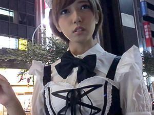【素人ナンパ】『スコシダケナラ....』メイドコスの激カワ美少女に声をかけて、ホテルでエッチなゲームから簡単に即日セックス!!