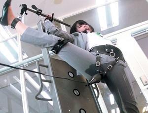 〖SOD女子社員〗『ああん♡いっぐうう~♡』どの体勢が一番電マが感じるのか実験で、イカさせれまくるOL!!
