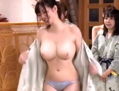 5efea1f531f43 - 浴衣姿の美人な巨乳AV女優たちと野球拳してそのあと夢のハーレム3Pセックス!