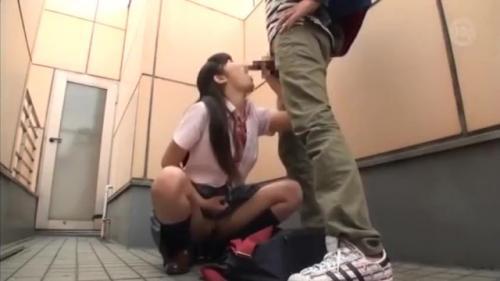 こんなエロい女子校生がフェラチオしてくれるならなんでもする