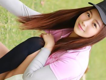 日本男児のドライバーがお気に入りの韓流女子プロゴルファーがAV出演!!最終1番ホールからいきなりのホールインワン!!