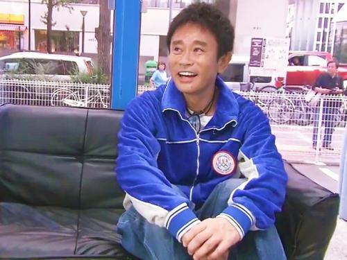 <マジックミラー>「ちょっ、浜田さん!何してはるんですか?www」YOUとのMM乗車で必殺のエアセックスw<鬼ピストン>