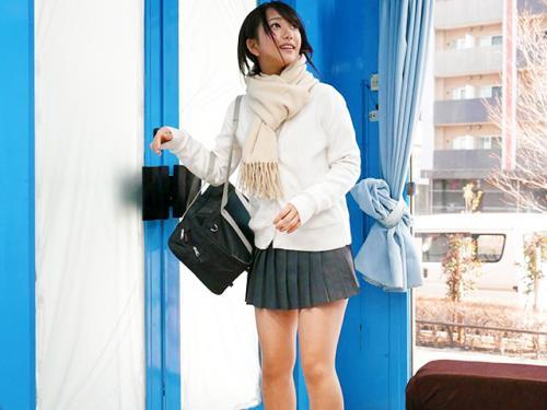 <マジックミラー>挿入された美少女ロリJK!「これ本当に下着モニターですか?」簡単に騙される女子校生w<素人ナンパ企画>