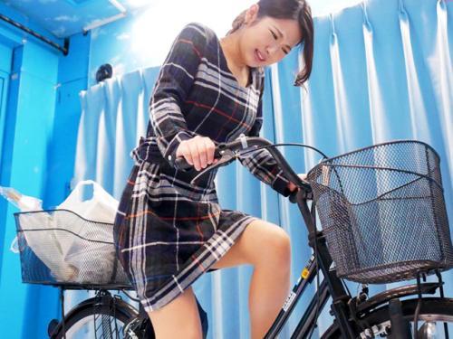 <マジックミラー号>至高の人妻ナンパ♪「もうイクやめてぇーー!」アクメ自転車で淫汁プシャー&ガチ逝きw<素人NTR企画>