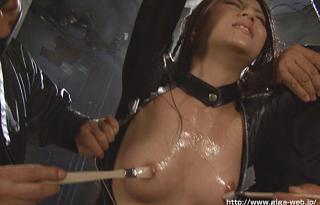 『あずみ恋』捕まえた女スパイをくすぐり拷問にかける!