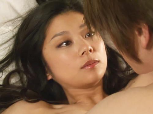 <小池栄子>「グラドル史上No.1おっぱい♡美爆乳でっけぇぇww」規格外の神乳がエロ過ぎたドラマの濡れ場<ナイスバディ>