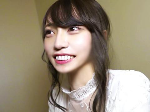 <素人ナンパ>超SSSSランクな関西弁の女子大生をゲット!ハメ撮り鬼ピストンで逝かされた大阪のお姉さんw<ナイスバディ>