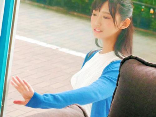 <マジックミラー>超SSSランクなシリーズNo.1美少女!!神レベルに可愛い女子大生にMM車内で鬼ピストン<素人ナンパ>
