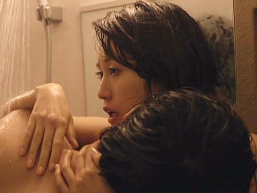 <前田敦子>敏感勃起乳首をチュパチュパ吸われるあっちゃん♥♥浴室セックスがかなり抜けると評判w 中村静香<元AKB48>