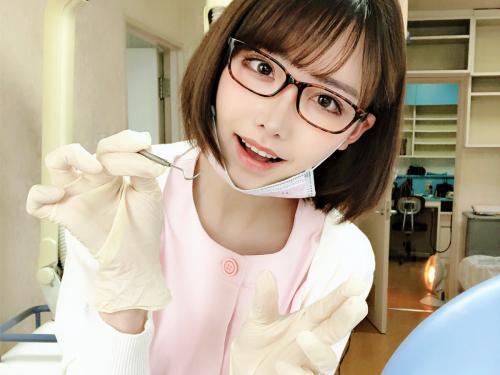 【SSSクラス】『は~い♪お口開けて下さい///』アイドルより可愛いとネットでも噂の美少女ロリ歯科衛生士【ナイスバディ】