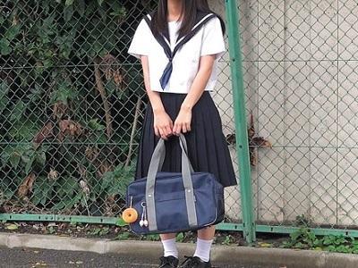 色白でスリム貧乳女子校生!わがままSっ娘パイパン美少女つるぺたちっぱい女子校生!