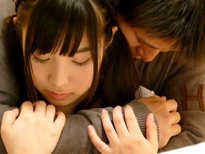 栄川乃亜 はじめて彼女ができたので幼なじみとSEXや中出しの練習をする事にした
