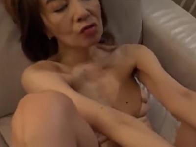 真梨邑ケイ 媚薬が織りなすパラレルワールド 禁断の欲望に溺れゆく大物ジャズシンガーの痴態 誘惑セックスハメ撮り動画